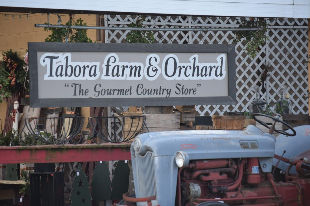 Tabora Farms | Orchard | Chalfont | Gift Baskets | Country Store | Deli | Bakery | Catering | Bucks County
